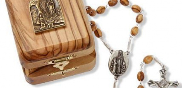 Olive Wood Lourdes Rosary1 620X300 Cropped